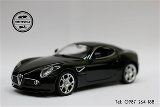 ALFA ROMEO 8C (ĐEN) 1:24 WELLY