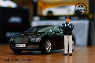 BENTLEY FLYING SPUR (ĐEN) 1:18 KYOSHO