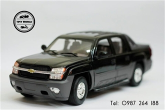 CHEVROLET AVALANCHE 2002 (ĐEN) 1:18 WELLY