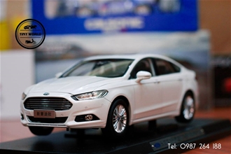 FORD MONDEO 2014 (TRẮNG) 1:18 PAUDI